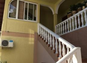 Дом 380 м² на участке 1.00 сотка