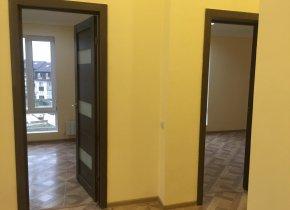 2-к квартира, 60 м², 4/4 эт.