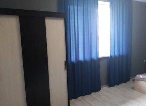 2-к квартира, 60 м², 1/4 эт.