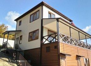 Дом 170 м² на участке 6 сот.