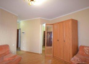 2-к квартира, 61 м², 2/3 эт.