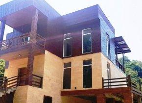 Дом 250 м² на участке 5.5 сот.