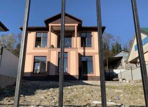 Дом 120 м² на участке 4 сот.