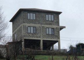 Дом 210 м² на участке 6.3 сот.