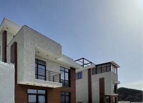 Дом 180.00 м² на участке 3.00 сотки