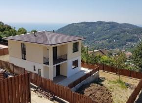 Дом 138.00 м² на участке 5.00 соток