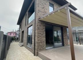 Дом 210.00 м² на участке 3.50 соток